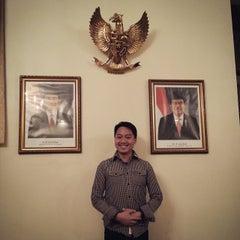 Photo taken at Konsulat Republik Indonesia by Antonius W. on 12/20/2014