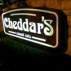 Photo taken at Cheddar's Casual Cafe by Greg L. on 3/10/2013