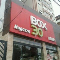 Photo taken at Box 30 Ragazzo Habib's by Robson L. on 2/17/2013