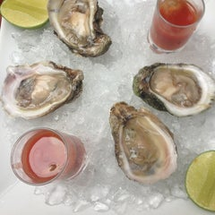 Photo taken at 69 Oyster Bar by Julián M. on 2/14/2013