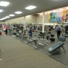 Photo taken at LA Fitness by Alfred P. on 11/10/2014