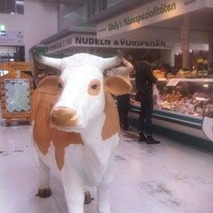 Photo taken at Marheineke Markthalle by Marc D. on 9/29/2012