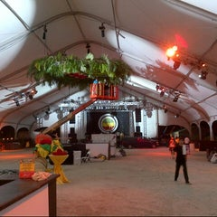 Photo taken at Food Network South Beach Wine & Food Festival by Momentous P. on 2/25/2013