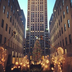 Photo taken at Rockefeller Center by Anne B. on 1/7/2013