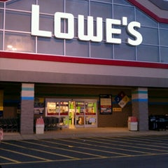 Photo taken at Lowe's Home Improvement by CJLM C. on 12/16/2012