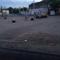 Photo taken at Трамвайна станція «Семена Скляренка» by Ваня П. on 6/2/2015