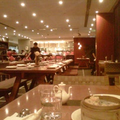 Photo taken at The Noodle House by Kristine A. on 11/7/2012
