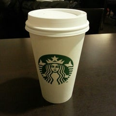 Photo taken at Starbucks by Fabiano C. on 1/21/2013