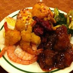 Photo taken at Asian Garden Buffet by Jonathan on 12/10/2012