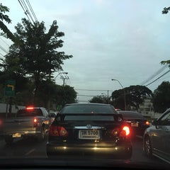 Photo taken at สามแยกพิชัย (Sam Yaek Phichai Junction) by ShowpowMay J. on 12/1/2015