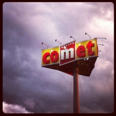 Photo taken at Comet by Flavio T. on 10/14/2012