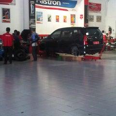 Photo taken at Aneka Ban by Ifan R. on 9/21/2012