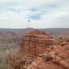 Foto tirada no(a) The Grand Canyon por 🎌 em 3/29/2013