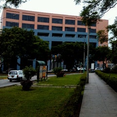 Photo taken at Universidad Peruana de Ciencias Aplicadas - UPC by Oscar P. on 12/4/2012