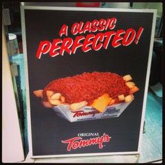 Photo taken at Original Tommy's Hamburgers by Rick G. on 3/28/2014