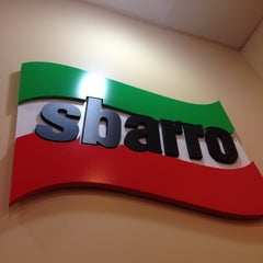 Photo taken at Sbarro by Eunice on 5/7/2014