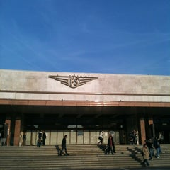 Photo taken at Stazione Venezia Santa Lucia by Matteo C. on 10/18/2012
