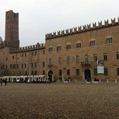 Photo taken at Piazza Sordello by Fizu de su Conte on 11/10/2012