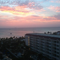 Photo taken at Marriott's Aruba Surf Club by Matt S. on 6/8/2013