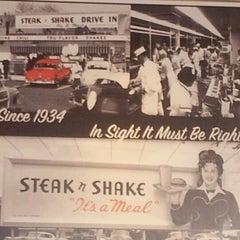 Photo taken at Steak 'n Shake by Amber G. on 2/23/2013