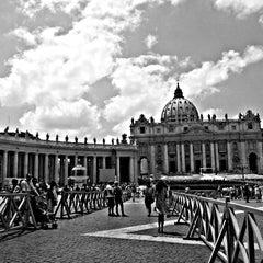 Photo taken at Piazza San Pietro by Rasli on 6/24/2013