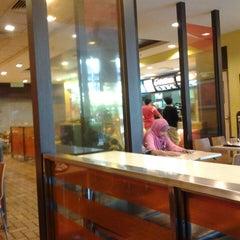Photo taken at McDonald's by Syaridatul Mardiah B. on 3/31/2013