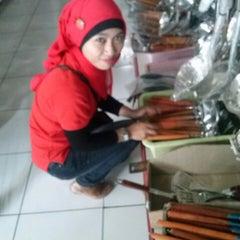 Photo taken at Mutiara Super Kitchen by Poetra Na B. on 10/13/2013