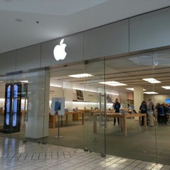 Photo taken at Apple Store, Beverly Center by Elena O. on 10/31/2012