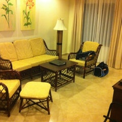 Photo taken at Thai Garden Resort (ไทยการ์เด้น รีสอร์ท) by Choosak A. on 2/1/2012
