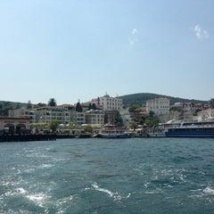 Photo taken at Büyükada Motor İskelesi by Gizem K. on 7/27/2013