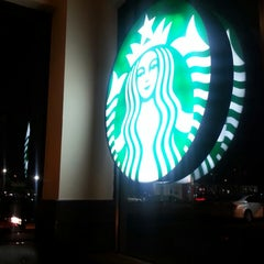Photo taken at Starbucks by rocco s. on 5/7/2014