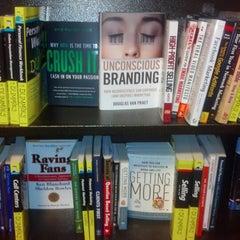 Photo taken at Barnes & Noble by Leita W. on 1/19/2013