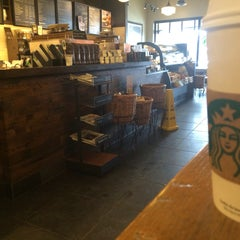 Photo taken at Starbucks by Beatriz C. on 3/13/2014