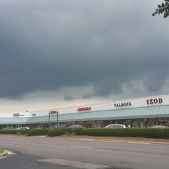 Photo taken at Carolina Premium Outlets by Fabian M. on 7/10/2014