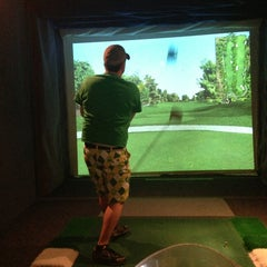 Photo taken at Fore Seasons Indoor Golf by Shawn on 3/2/2013