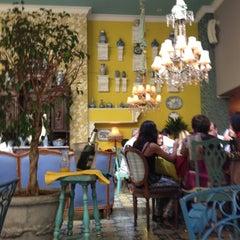 Photo taken at Restaurante Veranda by Osman J B. on 5/4/2013
