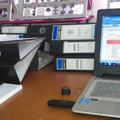 Photo taken at Laboratorium Mekatronika by Fariz A. on 9/4/2013