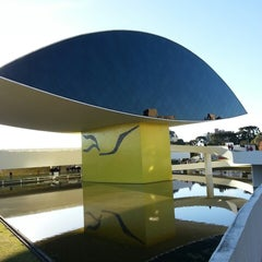 Photo taken at Museu Oscar Niemeyer (MON) by David S. on 7/27/2013