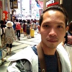 Photo taken at 心斎橋 (Shinsaibashi) by Athithakorn P. on 7/26/2015