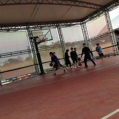 Photo taken at 上海耐克篮球公园 by Oliver T. on 2/2/2013