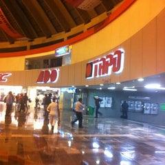 Photo taken at Terminal de Autobuses de Pasajeros de Oriente (TAPO) by Dorian J. on 11/10/2012