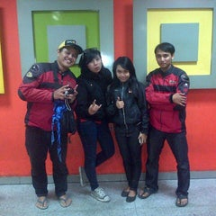 Photo taken at NAV Karaoke Keluarga by Vinet S. on 3/27/2013