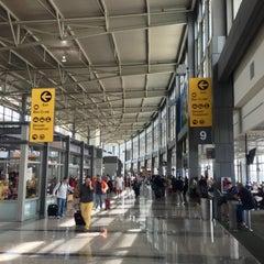 Das Foto wurde bei Austin Bergstrom International Airport (AUS) von Jacob E. am 4/5/2013 aufgenommen