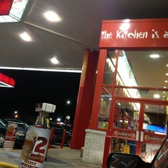 Photo taken at Sheetz by Isabella S. on 3/5/2013