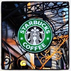 Photo taken at Starbucks by Louwrens L. on 9/14/2012