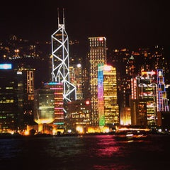 Photo taken at Symphony of Lights 幻彩詠香江 by Hutchy on 12/30/2012