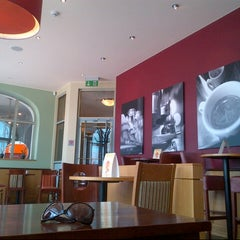 Photo taken at Costa Coffee by Nataly C. on 7/15/2013