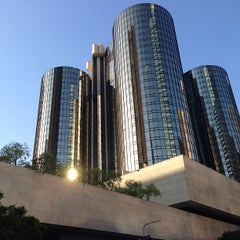 Photo taken at The Westin Bonaventure Hotel & Suites, Los Angeles by Alan M. on 4/13/2013