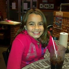 Photo taken at Pizza Hut by Will C. on 9/23/2012