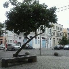 Photo taken at Rua da Moeda by Nanda F. on 9/21/2012